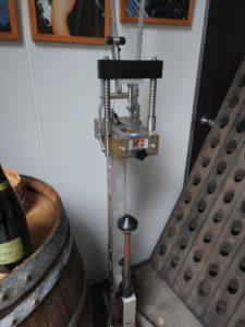 スパークリングワイン コルク打栓機